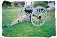 Full Size Carriage with 1000 lb. cast iron gun barrel - Click here for a larger image...